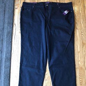 "Gloria Vanderbilt ""Amanda"" Jeans"
